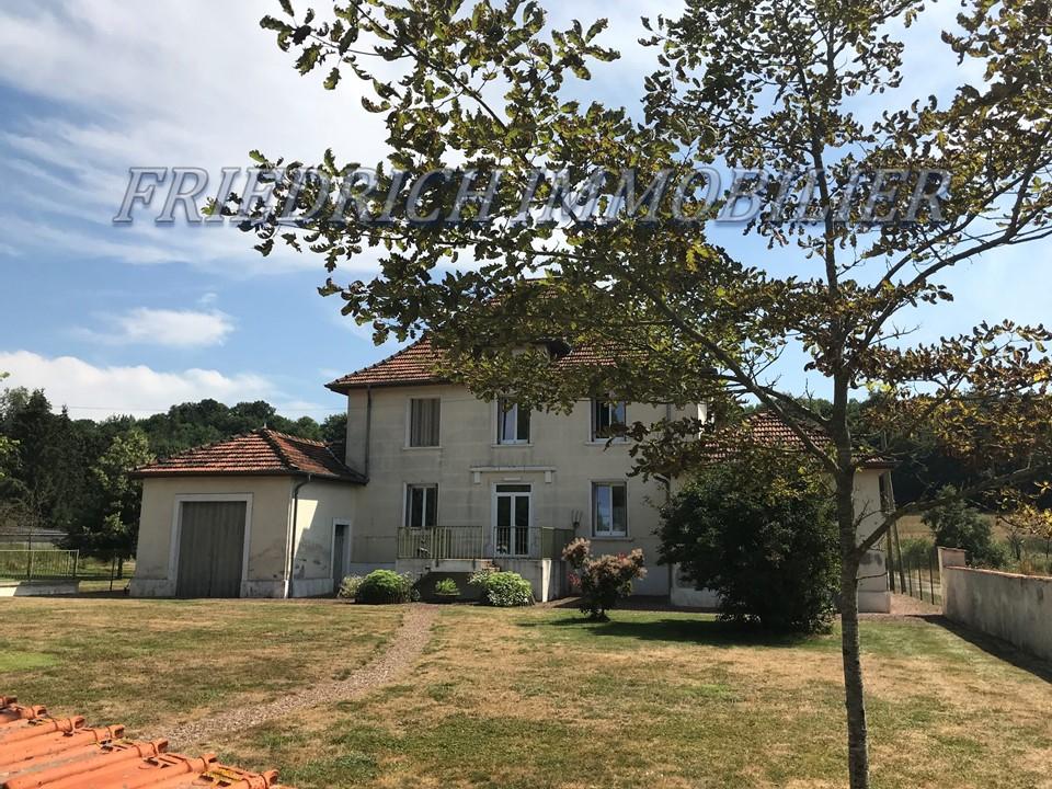 A vendre Maison LACROIX SUR MEUSE 230m² 269.000 9 piéces