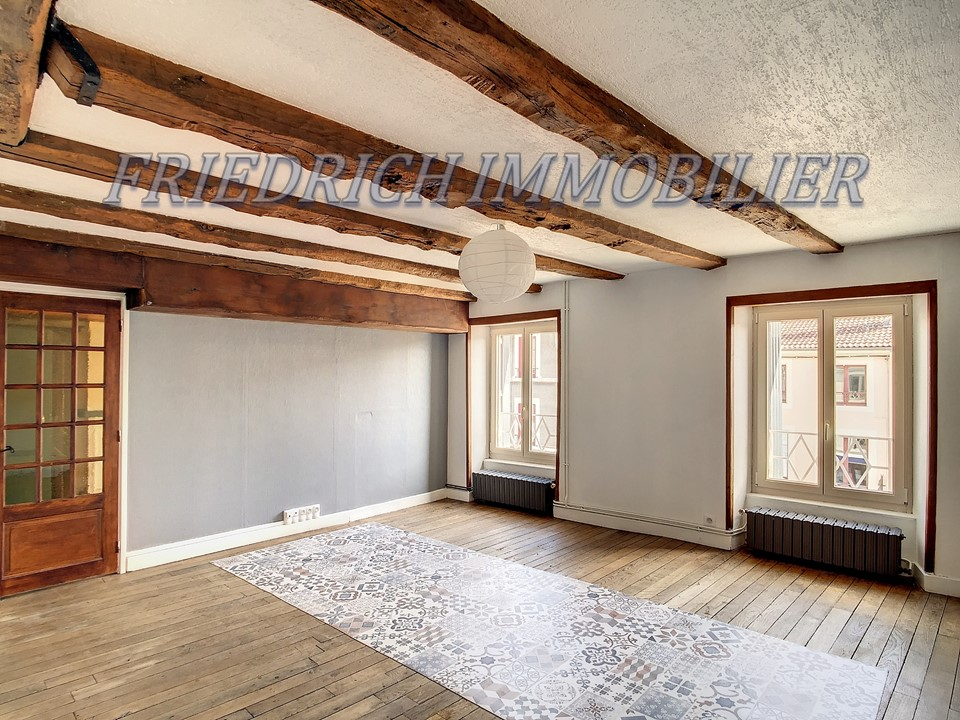 Appartement F4 - COMMERCY - 100 M²