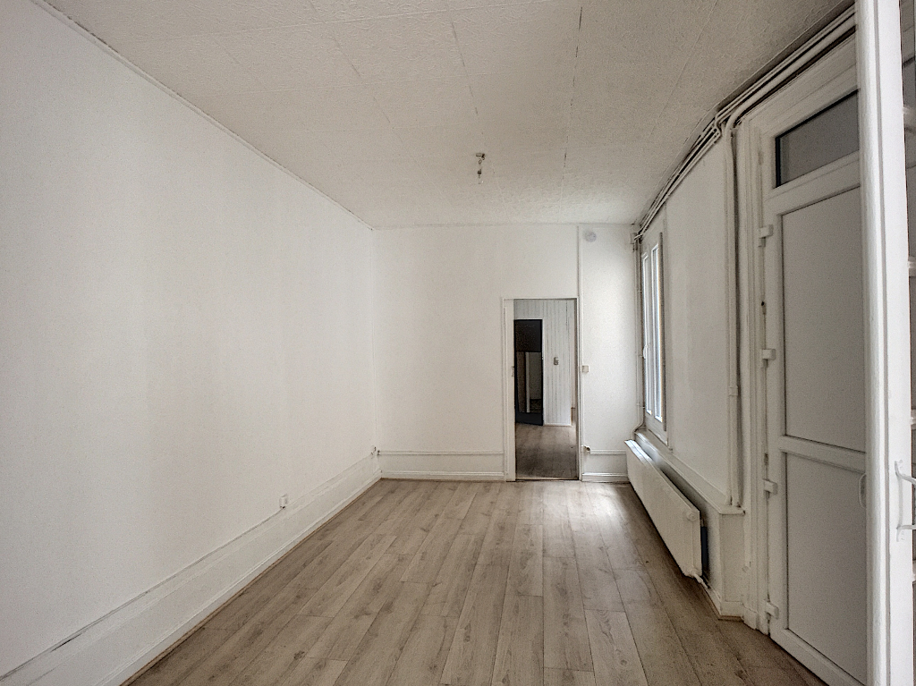 A louer Appartement COMMERCY 85m²