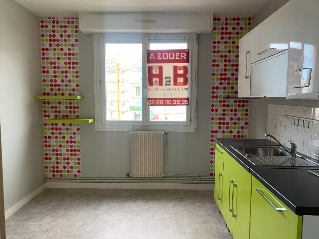 A Louer grand appartement deux pièces à Saint-Malo