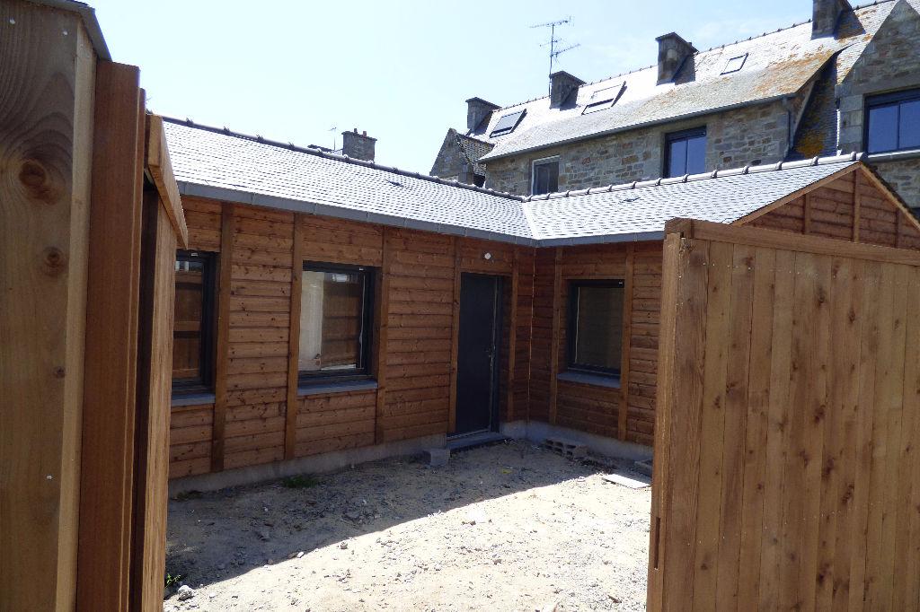 A louer à Saint Malo  petite maison  neuve trois pièces à Saint-Malo
