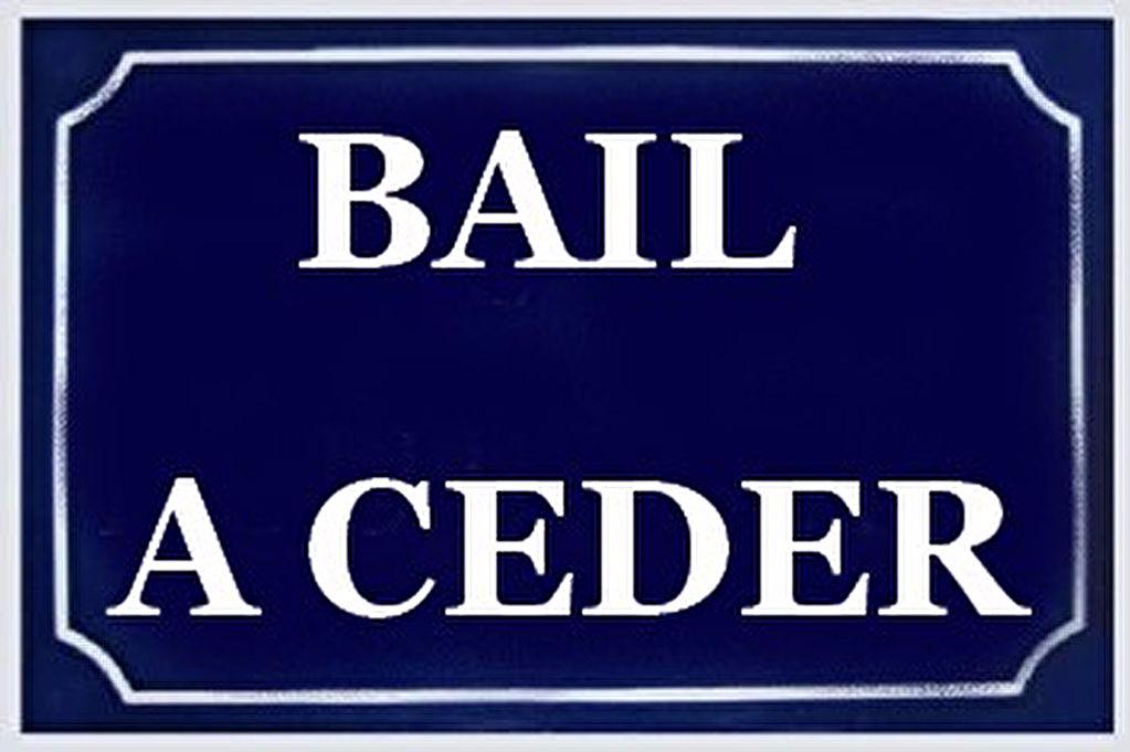 A vendre à Saint-Malo : pas de porte, emplacement numéro un !