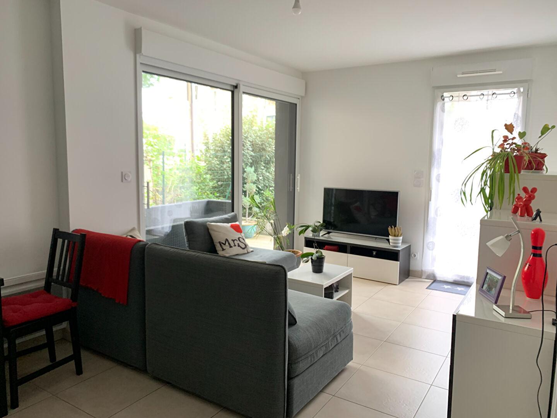 A Louer appartement neuf  deux  pièces à Saint-Malo,  Rothéneuf  proche commerces et plage