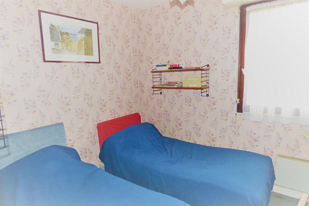A acquérir à St-Malo, un appartement deux pièces à toute proximité des plages et des commerces