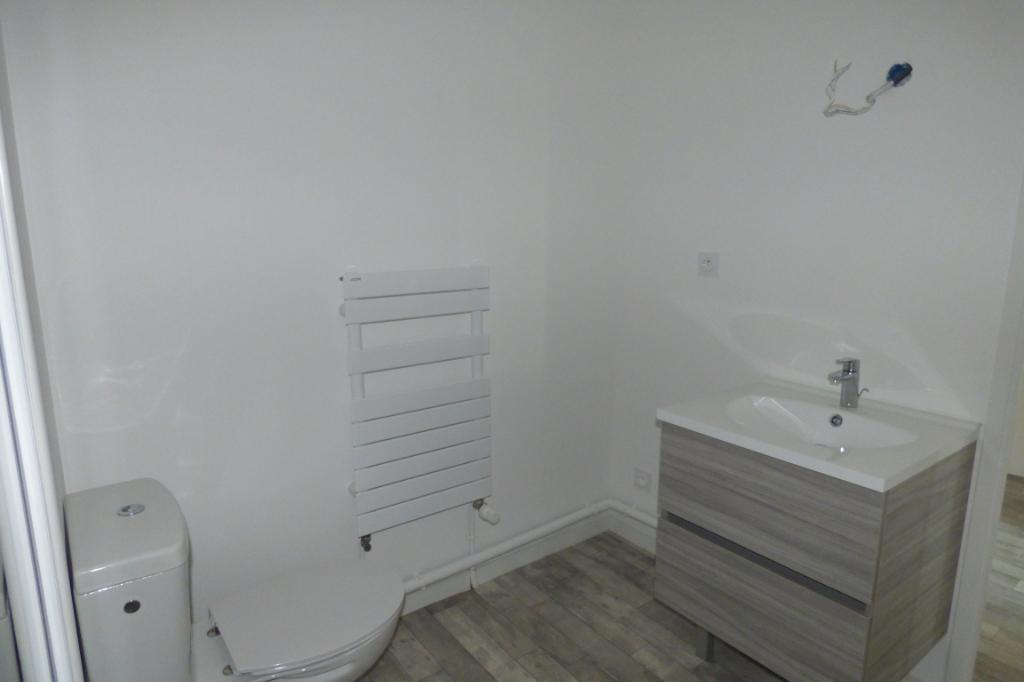 A louer appartement neuf deux pièces à Ploubalay (22)