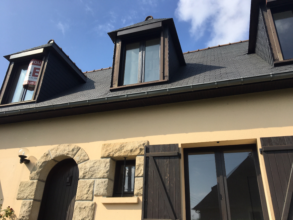 A Saint-Malo, maison cinq chambres dont une au rez de chaussée