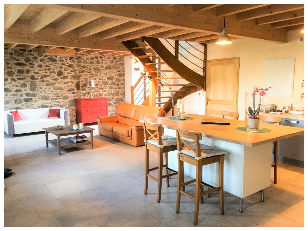 A vendre maison de caractère dans un parfait état avec chambre au rez de chaussé à St-Malo