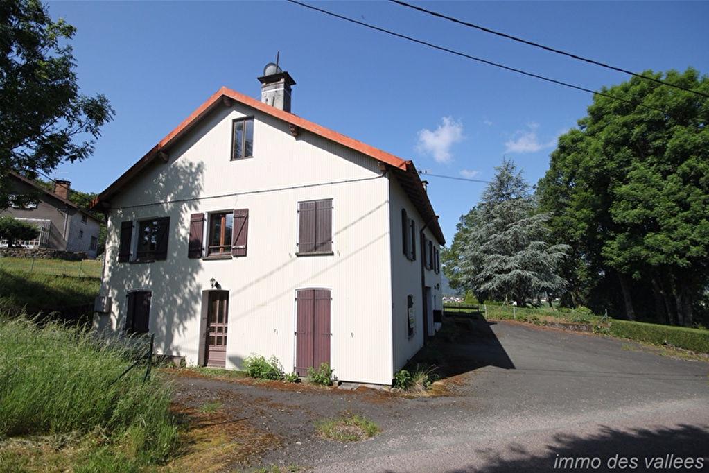 Maison Dommartin Les Remiremont 8 pièce(s) 133 m²