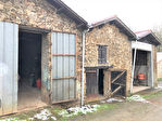 Ensemble de bâtisse en pierre à rénover de 92 m2 à La Limouzinière