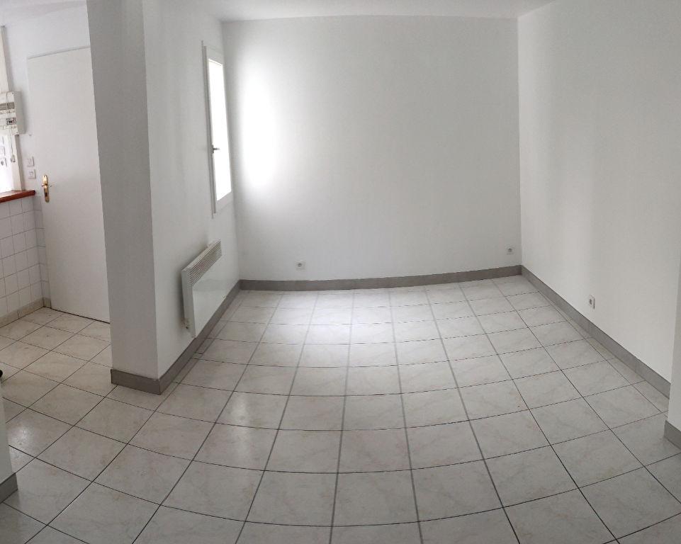 Maisonnette de 30m² à Maule