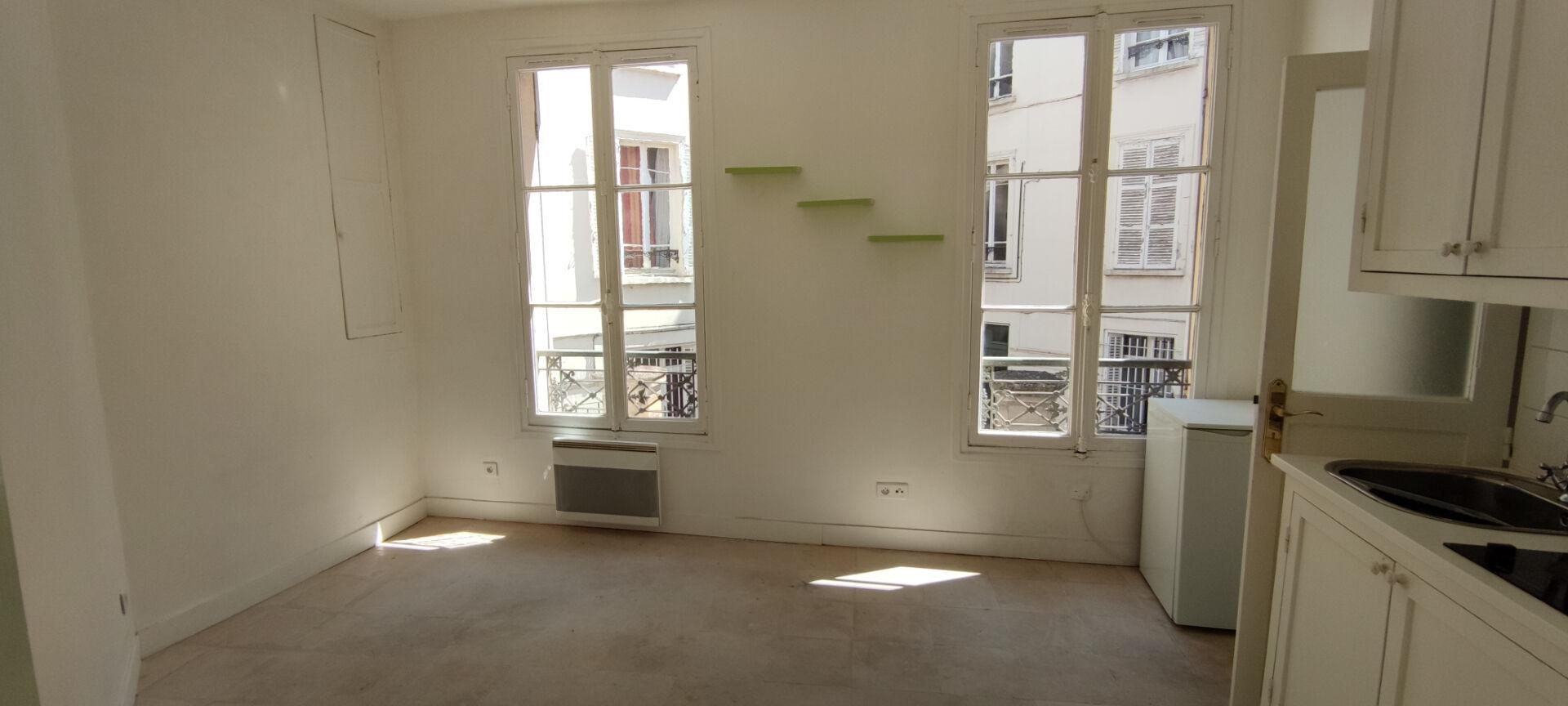 Studio 13m² passage saladin