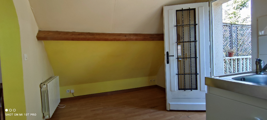 Studio meublé - Bures