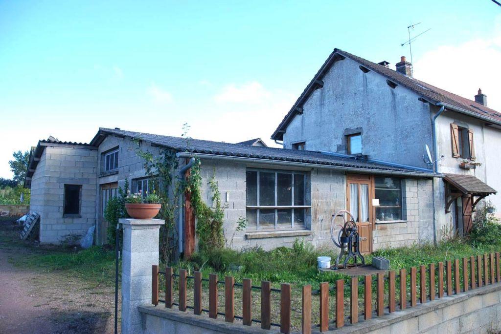 Maison - 3 piéce(s) - 75000 €