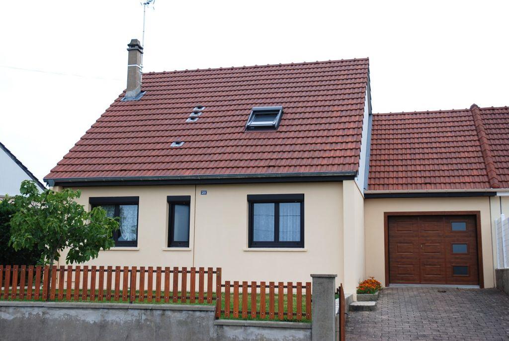 Maison - 5 piéce(s) - 159000 €