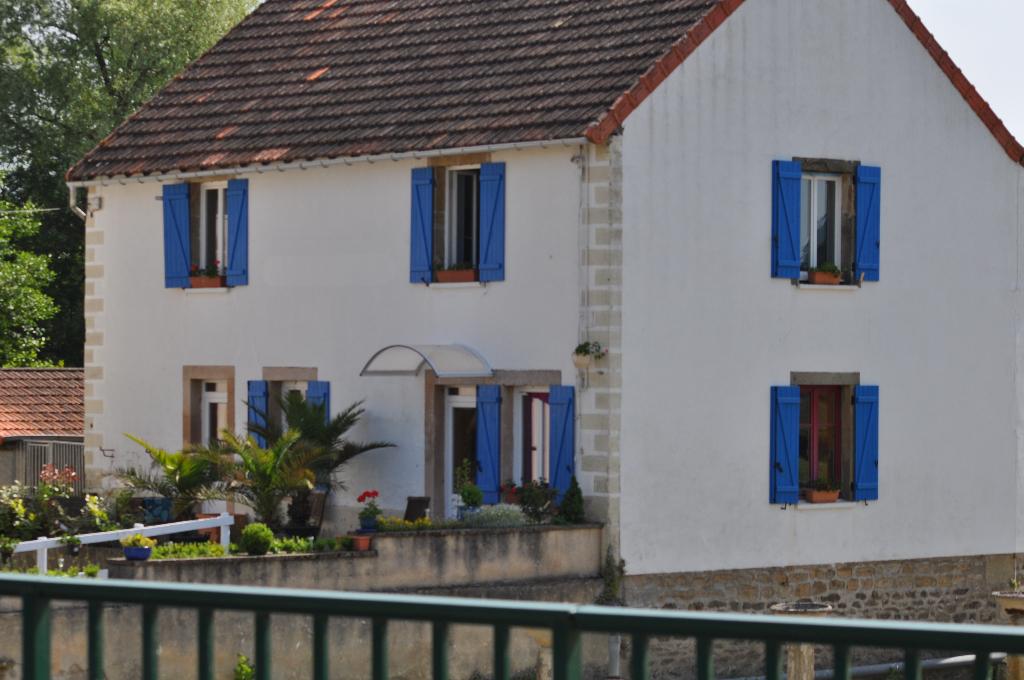 Maison - 6 piéce(s) - 129000 €