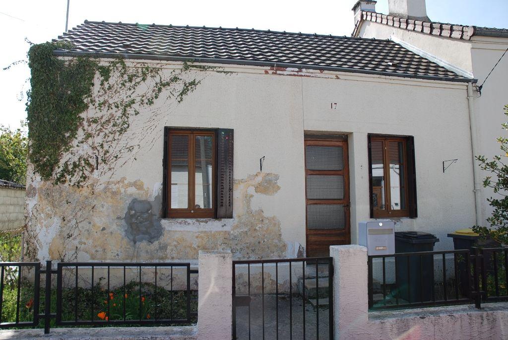 Maison - 4 piéce(s) - 65000 €