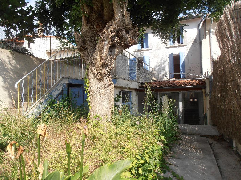 Maison - 7 piéce(s) - 159000 €