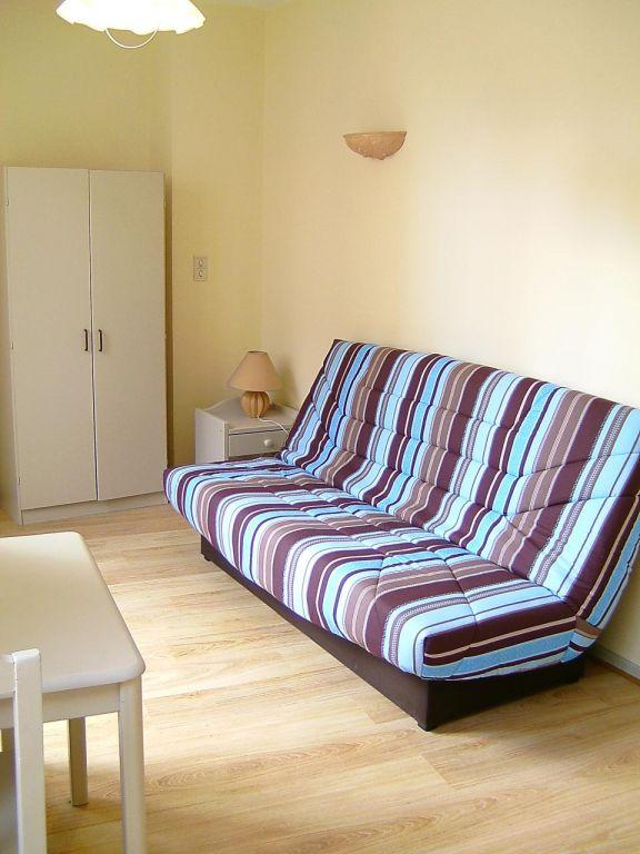 Appartement - 1 piéce(s) - 290 €