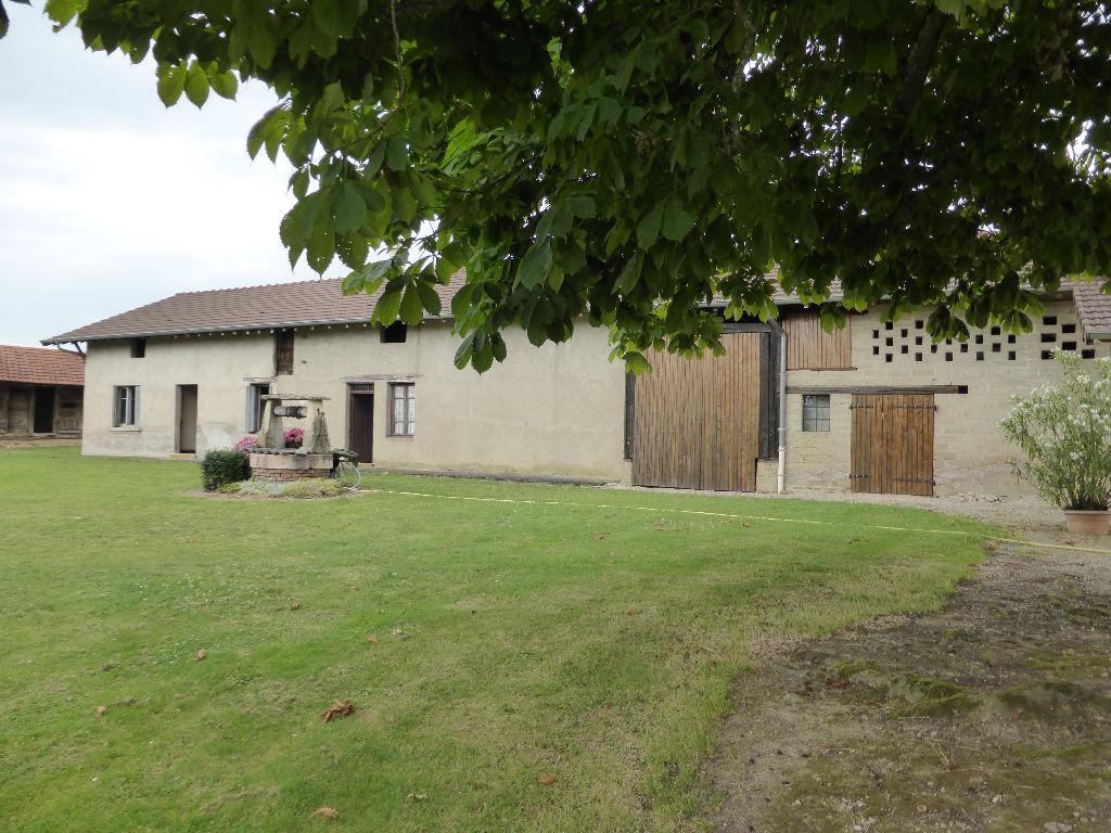 Maison - 5 piéce(s) - 79000 €