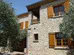 Spacieuse villa en pierre