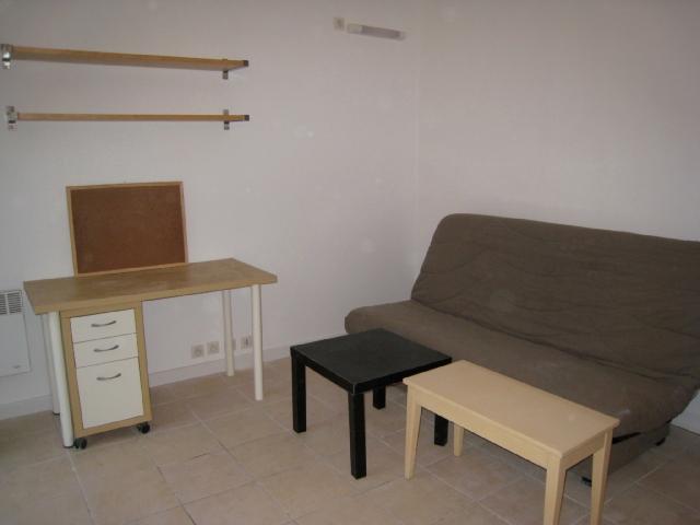 Studio meublé 567,01€ CC