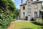 BAIN DE BRETAGNE - Maison bourgeoise à vendre - T15 277 m2