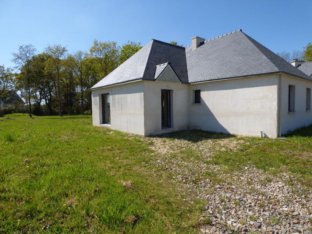 Maison Ploneour Lanvern 4 pièce(s) 100 m2
