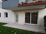 Locminé centre-ville appartement T3 rez-de-chaussée, 2 chambres, terrasse, jardinet, garage, parking