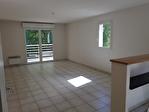 Locmine, appartement T3 à louer, 2 chambres, terrasse, grand cellier, 2 places de stationnement