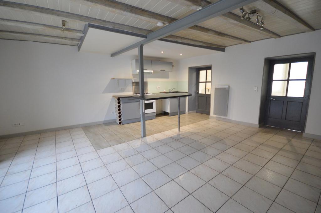 Maison 4 pièces, 78 m², Centre ville Chauvé