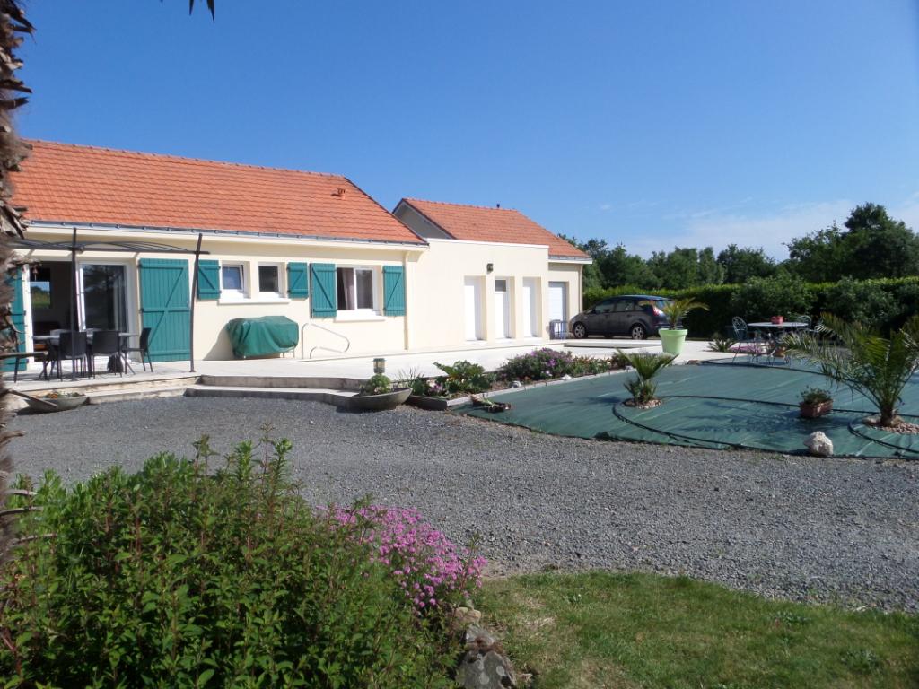 Maison Saint Philbert De Grand Lieu, 4 chambres, 144 m2 et studio