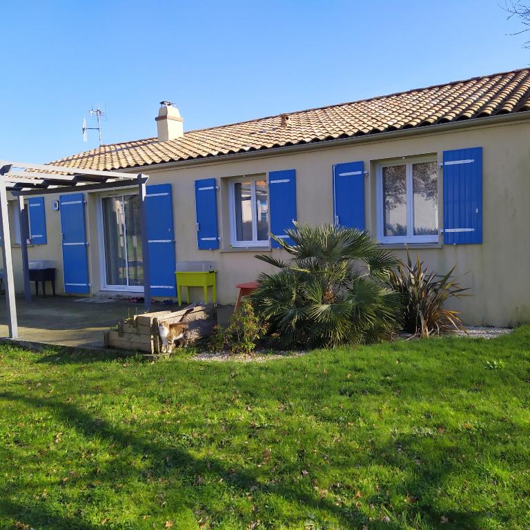 A Chaumes En Retz maison  95 m² ,3 chambres .
