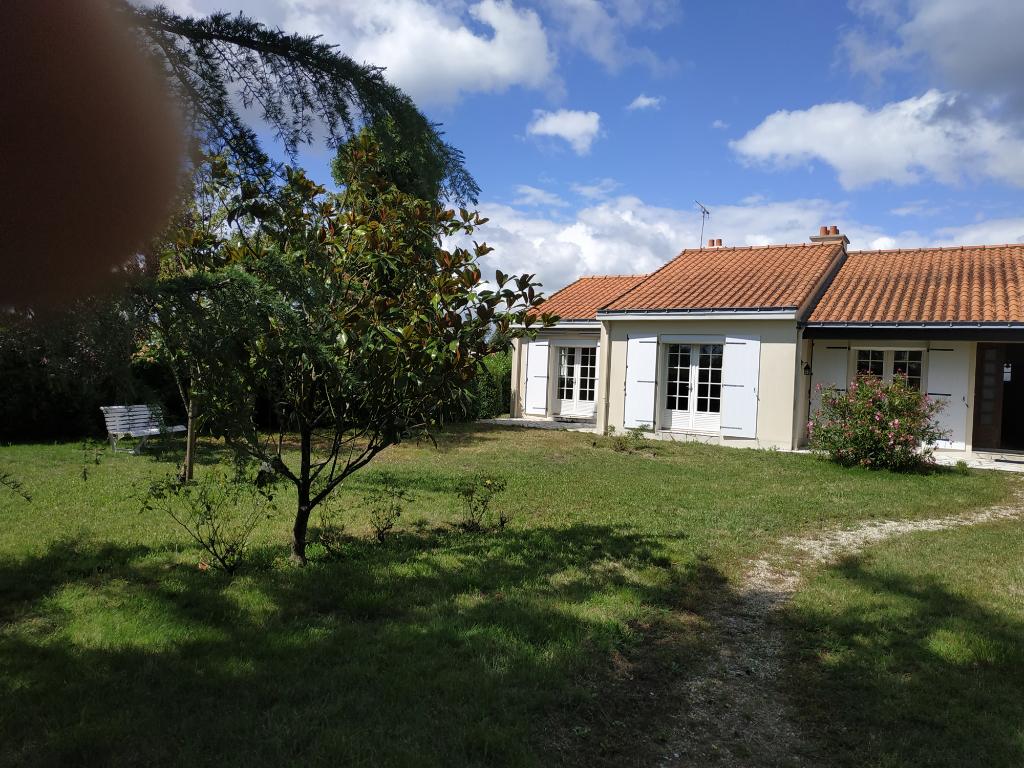 Maison Saint Philbert De Grand Lieu 5 pièce(s) 143.56 m2