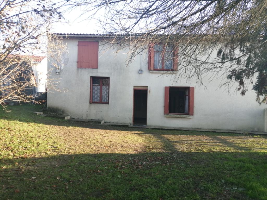 Maison Saint Julien de Concelles  7 pièce(s) 105 m²