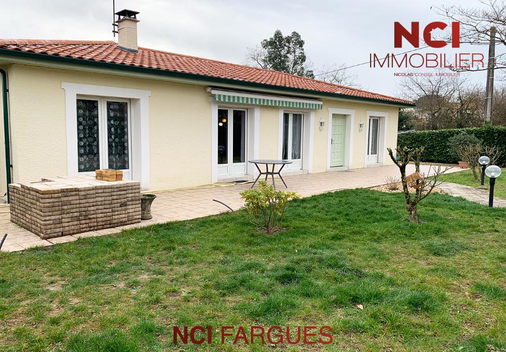Maison Fargues Saint Hilaire 6 pièce(s) 143 m2