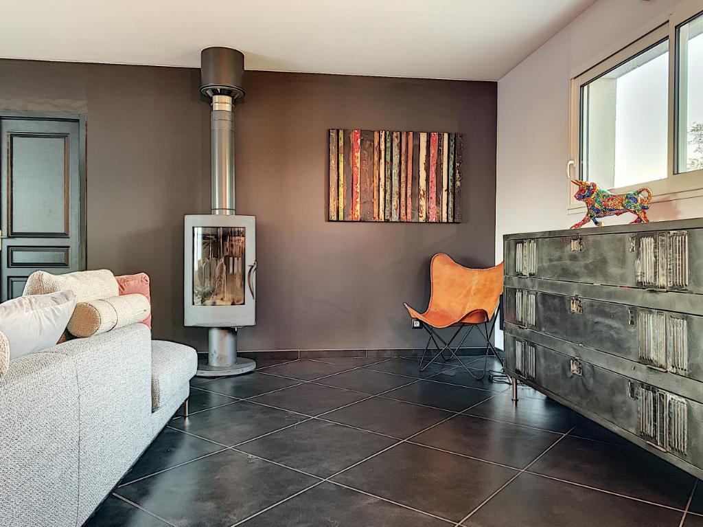 Maison Saint Sulpice Et Cameyrac 5 pièce(s) 143 m2