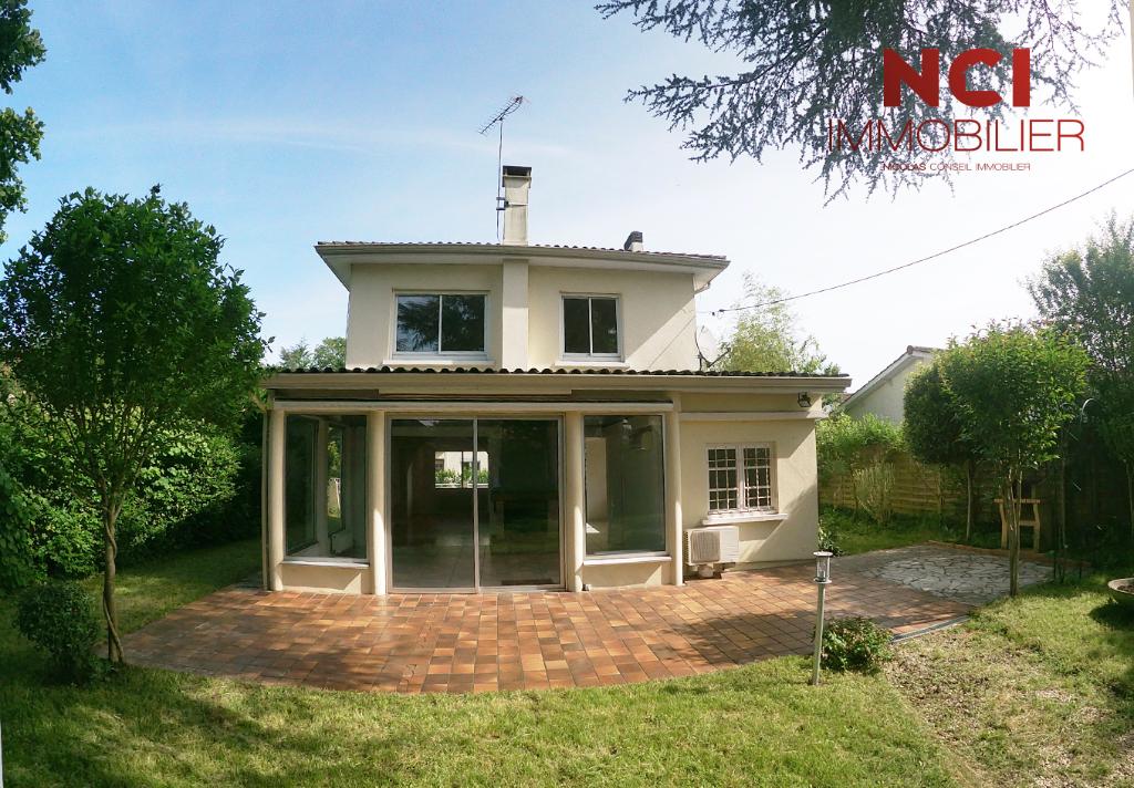 Maison Camblanes Et Meynac 5 pièce(s) - AU CALME