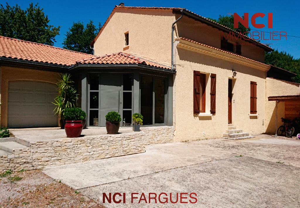 Maison Fargues Saint Hilaire 7 pièce(s) 225 m2
