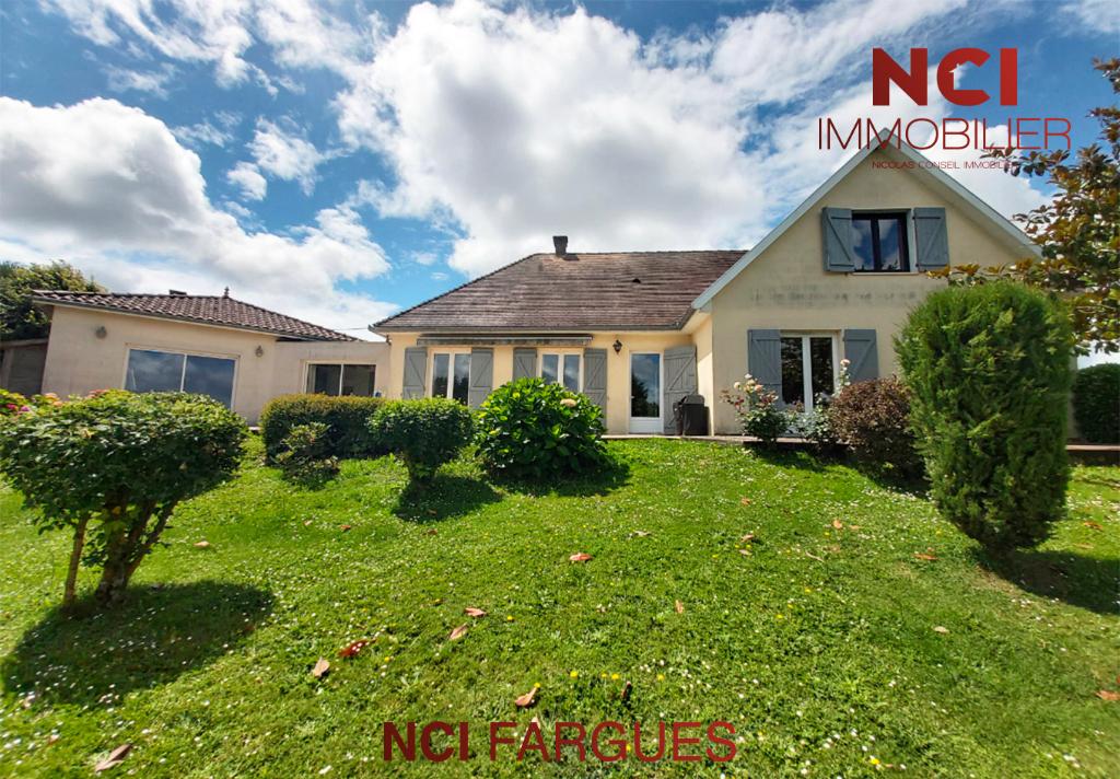 Maison  7 pièce(s) 185 m2 à 6 km de Saint Quentin de Baron