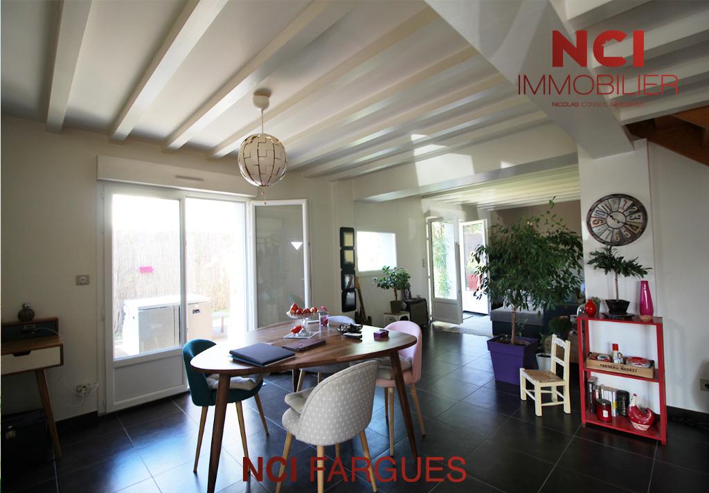 Belle Maison de Ville - Fargues St Hilaire 4 pièce(s) 90.84 m2