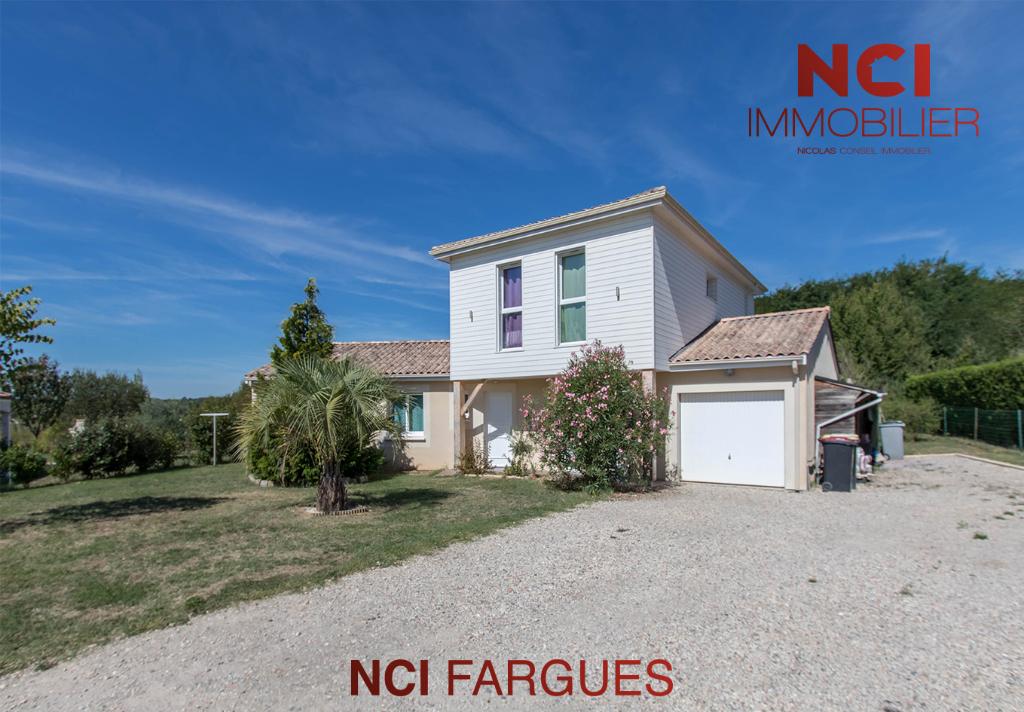 Maison contemporaine et familiale proche Fargues St Hilaire - 10 pièce(s)