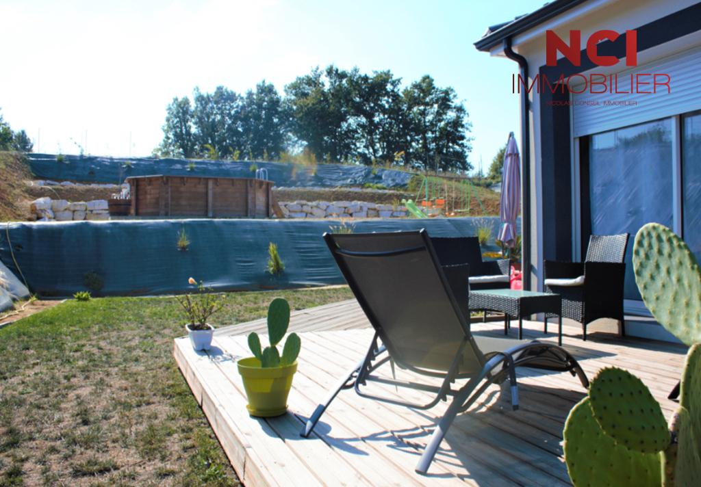 Maison  secteur Saint Caprais De Bordeaux 5 pièce(s) 130 m2