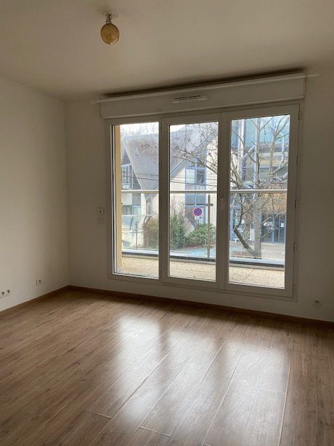 Aulnay Sous Bois - CENTRE GARE - Appartement 2 pièces