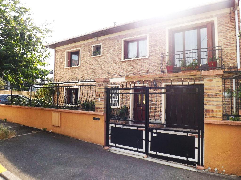 Aulnay Sous Bois- Centre- Maison 6 pièces 180 m2
