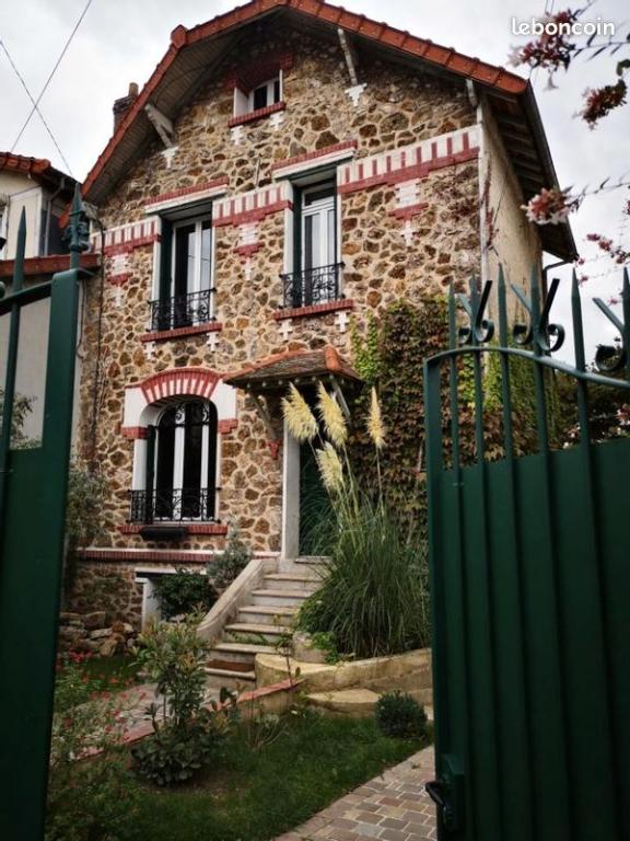 Aulnay-Sous-Bois - VIEUX PAYS- Maison 5 pièces