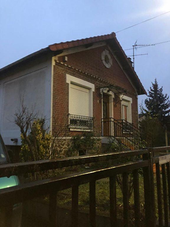 Aulnay Sous Bois - GARE- Maison 3 pièce(s) 90 m2