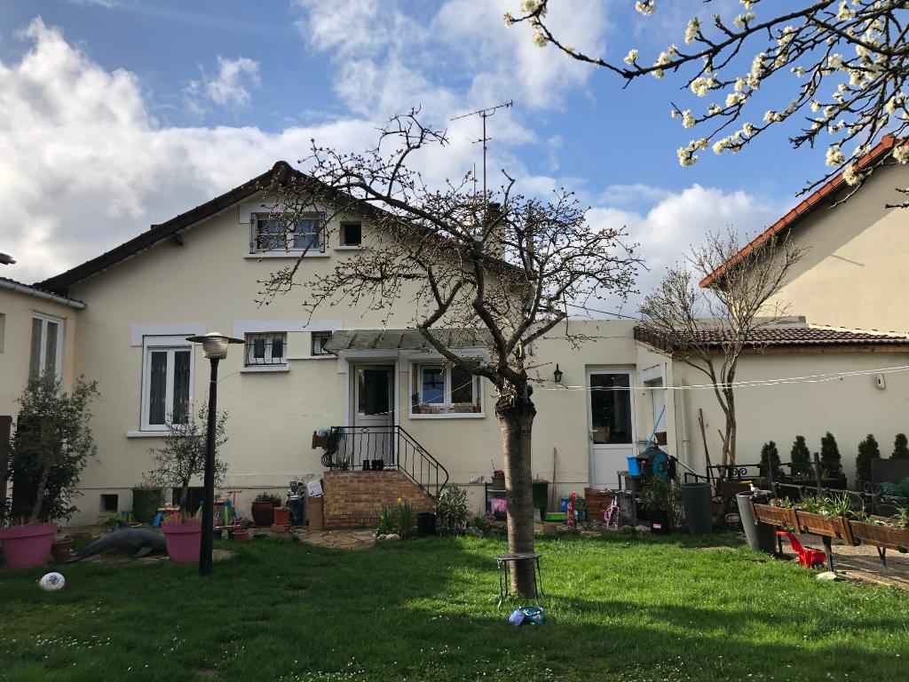 DRANCY - Les oiseaux - maison 5 pièces