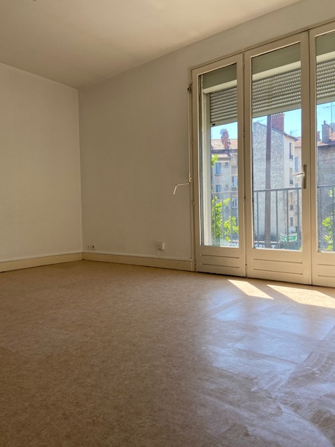 Livry Gargan  - Gutenberg- Studio 29.5 m2