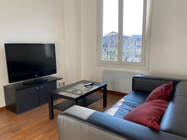 Aulnay Sous Bois- CENTRE GARE - Appartement 2 pièces 26.5 m2