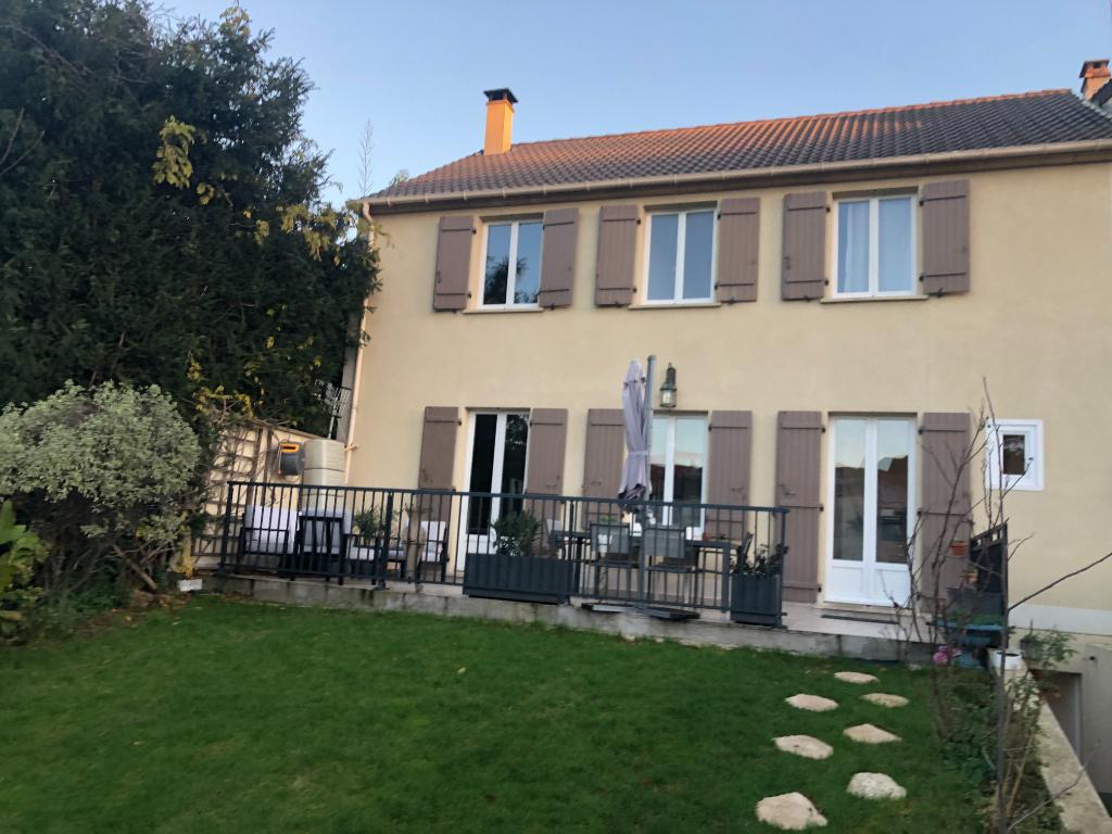 Maison Aulnay Sous Bois 7 pièce(s) 150 m2